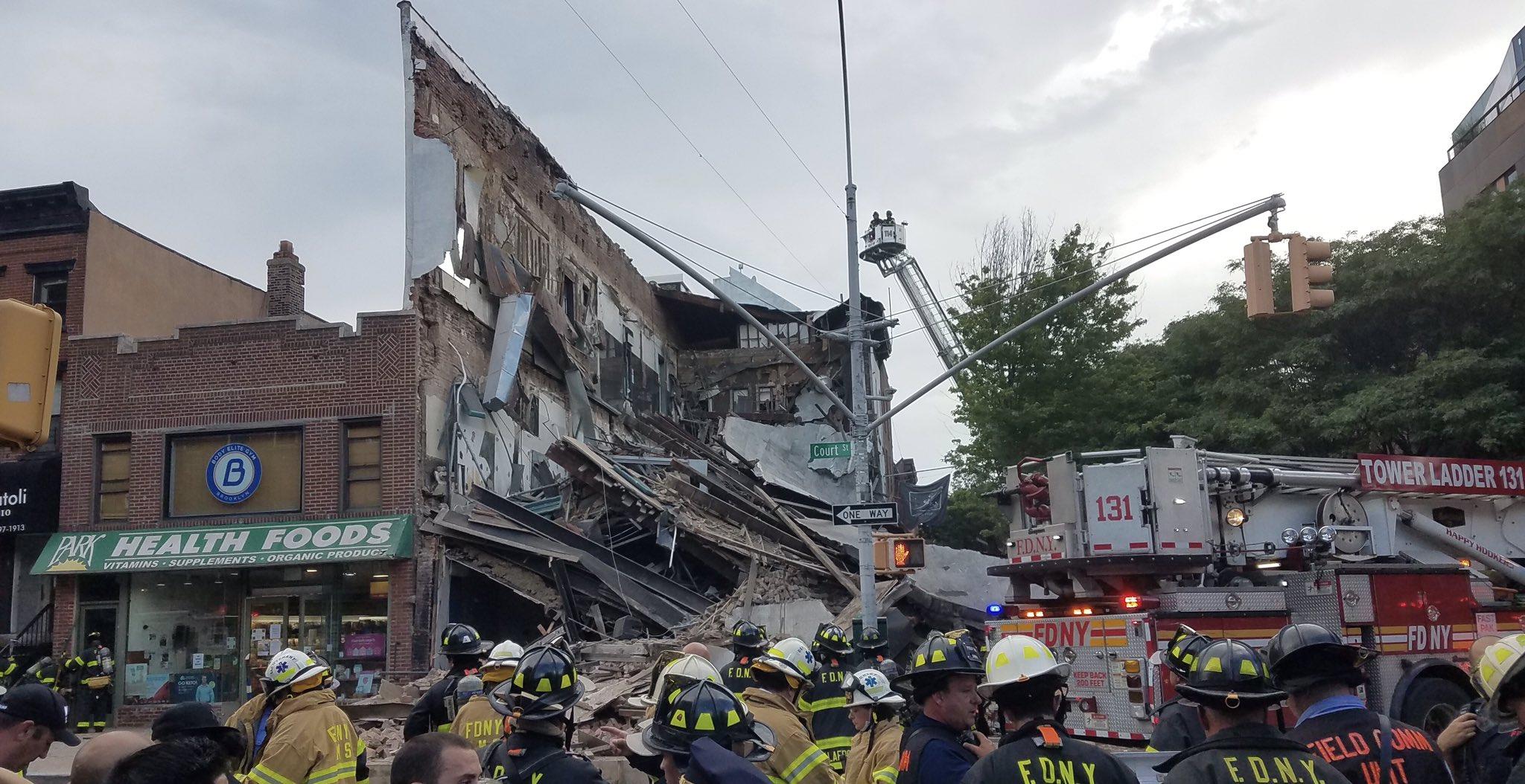 Carroll Gardens Halloween Parade 2020 Three Story Building Collapses In Carroll Gardens   BKLYNER
